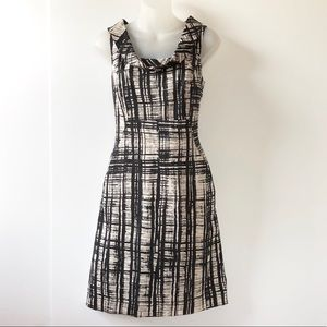 Ann Taylor Dress With Pockets!